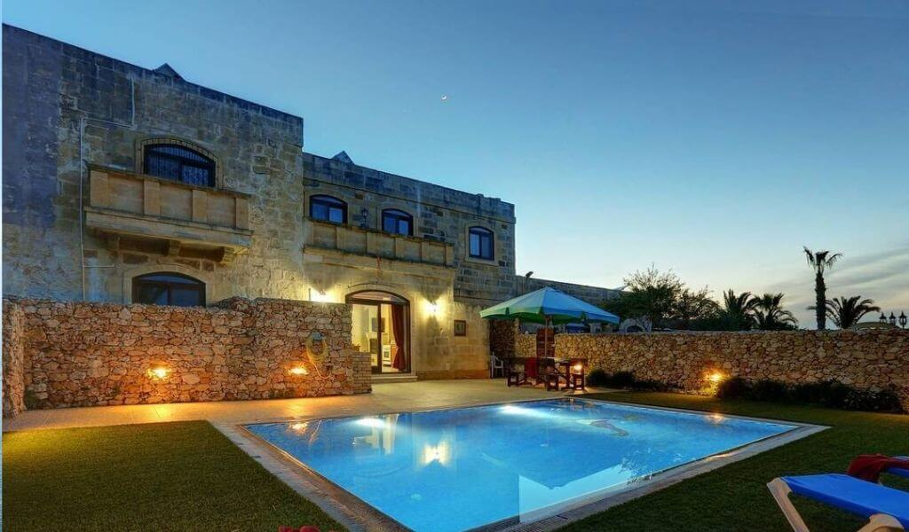 Stunning 3-bed villa with pool, Gozo