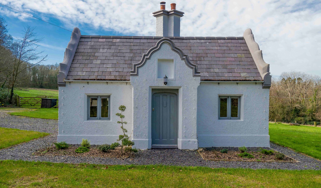 Beaumaris Lodge, Pentraeth, Anglesey